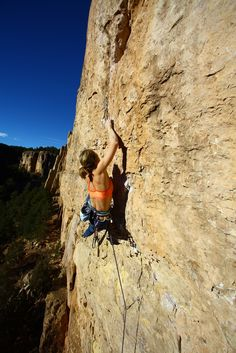www.boulderingonline.pl Rock climbing and bouldering pictures and news crimp climbing