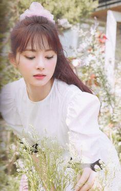 Kpop Girl Groups, Korean Girl Groups, Kpop Girls, Nayeon, Twice Photoshoot, Tzuyu Twice, Chou Tzu Yu, Twice Once, One In A Million