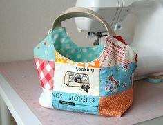 Patchwork Bag by ayumills; I love the fabrics!