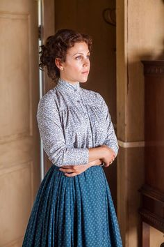 When Calls the Heart- Elizabeth Thatcher season 1 Vintage Outfits, Vintage Dresses, Heart Dress, Dress Up, Edwardian Fashion, Vintage Fashion, Modest Outfits, Cute Outfits, Pioneer Clothing