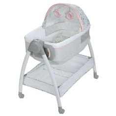 Shop for Graco® Pack 'n Play® Dream Suite™ Bassinet, Lullaby. Get free delivery On EVERYTHING* Overstock - Your Online Baby Furniture Shop! Best Bassinet, Siege Bebe, Bedside Bassinet, Bedside Sleeper, Changing Spaces, Pack And Play, Moise, Large Storage Baskets, Nursery Furniture