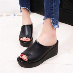 af1351da45a23 15 meilleures images du tableau Chaussures   plateforme