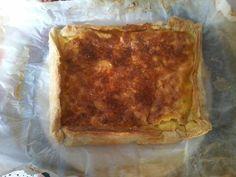poivre, oeuf, crême fraîche, pâte feuilletée, fromage de chèvre, basilic frais, sel