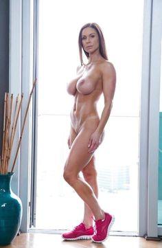 Hot city girls nude