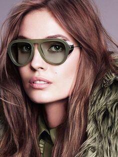 Os óculos de sol são mais que acessórios, são a proteção da nossa visão. #oculos #gucci #colorido #oticas #wanny #moda #solar #sunglasses