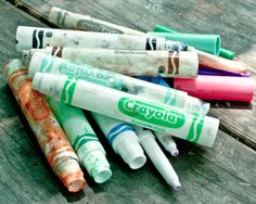 What to do with old, dry markers? Make watercolor paints! Tutorial from Crafting a Green World.
