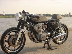 Yamaha XS750 Cafe, by http://docschops.net/
