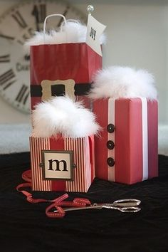 Christmas gift wrapping idea!!! Bebe'!!! Love this festive wrap ideas!!!