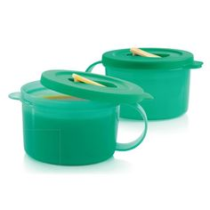 Tupperware CrystalWave® Soup Mugs:          Unique venting feature allows for no mess microwave reheating.  Set of two 2-cup/500 mL mugs. In Laguna. Dishwasher safe. Limited Lifetime Warranty.     Item:10049021651