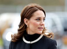 Kate Middleton's Makeup Artist Insists You Start Using A Facial Oil