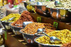 """ItravelJerusalem (@itraveljerusalem) on Instagram: """"The smells of the spices of the market always leave a taste of more #Market #Jerusalem #Mahanehuda…"""""""