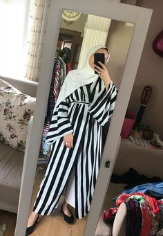 Hijab Casual, Hijab Style, Hijab Chic, Abaya Style, Abaya Fashion, Muslim Fashion, Modest Fashion, Hijab Evening Dress, Hijab Dress