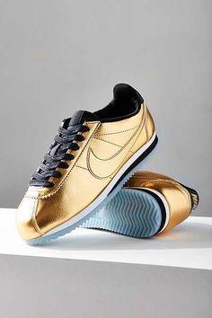 Nike Classic Cortez Metallic Leather Sneaker