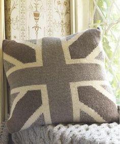Rowan Union Jack cushion to knit: free knitting pattern