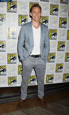 Tom Hiddleston attending the San Diego Comic-con #CrimsonPeak Press Line. July 11, 2015.via: tomhiddleston.us #SDCC 1