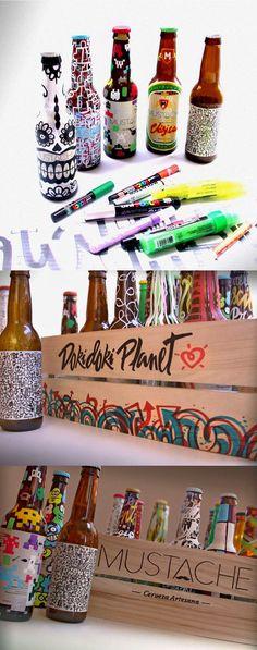 """Botellas de cerveza Mustache pintadas a mano para la BEER WEEK 2016 en """"La Buena Cerveza"""". Chueca, Madrid"""