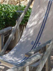My kind of garden chair!  Dans mon Jardin Secret, il y a...