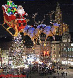 Merry Christmas Gif, Christmas Scenes, Cozy Christmas, Christmas Greetings, Christmas And New Year, Christmas Holidays, Whimsical Christmas, Beautiful Christmas, Snowman Decorations