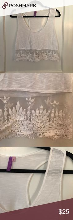 White lace-trimmed cropped tank top Beachy white cropped Emma & Sam tank with lace trim. LF Tops Tank Tops