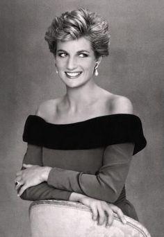Diana - Lady Diana, Princess of Wales - 1991 - http://www.princessdianaautograph.com/