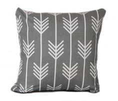 hardtofind.   White arrows cushion