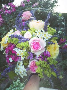 Roses, levander and others....every flower is beautiful 😍 i love make this ❤