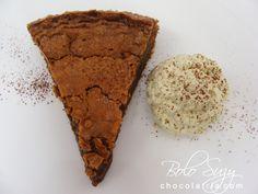 Suzy cake with lemongrass chantilly by http://www.chocolatria.com/2009/05/bolo-suzy-com-chantilly-de-capim-santo.html