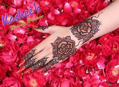 Gorgeous mehndi by kashee's artist