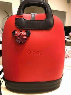Urmează o actualizare Disney Purse, Sweet Bags, O Bag, Fashion Bags, Womens Fashion, Unique Bags, Backpack Bags, Designer Handbags, Purses And Bags