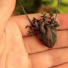 Tree anatomical heart