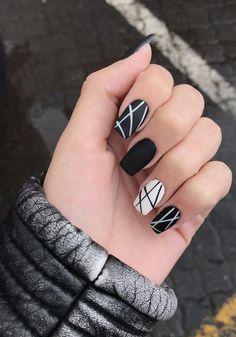 Square Nail Designs, Fall Nail Art Designs, Black Nail Designs, Black Nail Art, Black Nails, White Nails, Milky Nails, Short Square Nails, Short Nails