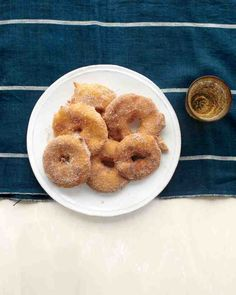 Make your apple fritters the easy way! Simply dip fresh apple rings in buttermilk batter and fry to a golden crisp.