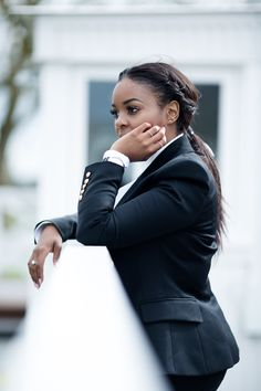 IWC 75th Goodwood Member's Meeting — WILLKATE | Fashion Blog by Kamogelo Mafokwane Blazer Outfits, Work Outfits, Formal Suits For Women, London Photographer, Business Outfits, Work Attire, Luxury Life, Fashion Illustrations, Boss Babe