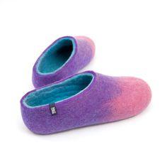 let's go! www.wooppers.com for handmade woolen felt slippers #felt #wool #slippers