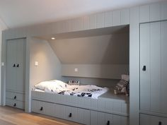 Loft Room, Bedroom Loft, Kids Bedroom, Attic Bedroom Designs, Box Bed, Attic Renovation, Home Upgrades, Baby Boy Rooms, Bed Design