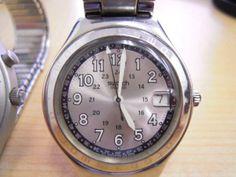 Swatch swatch☆腕時計☆レディース☆(2個) Watch Antique ¥11yen 〆12月11日