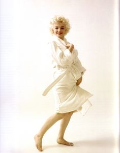 MM / Norma Jean Baker, unparalleled.