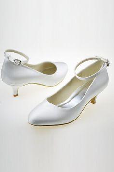 Die 41 Besten Bilder Von Hochzeitkleider Schuhe Wedding Ideas