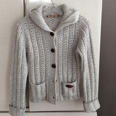 ROXY Sweater ROXY Sweater with hoodie. Size M good condition..super cute. 100% acrylic Roxy Sweaters Cardigans