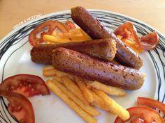 Χορτοφαγικά πικάντικα λουκάνικα! Μπορείτε να τα φάτε σκέτα, τηγανητά, ψητά, να τα βάλετε σε διάφορα φαγητά, σε σάντουιτς οι επιλογές ...