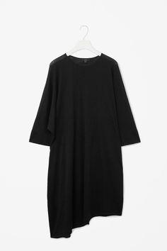 COS   Asymmetric merino dress, XS