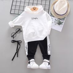 Newborn Girl Outfits, Baby Boy Outfits, Kids Outfits, Boys Tracksuits, Winter Baby Boy, Tracksuit Set, Boys Suits, Baby Set, Baby Costumes