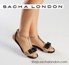 #Sandalia LISBON en #oro y #negro de #SachaLondon ..#sandal #gold & #black
