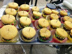 Burger cupcakes