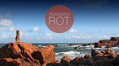 Rote Felsen in Schweden. Corporate Design, Web Design, Marketing, Colors, Movie Posters, Advertising Agency, Rocks, Sweden, Red
