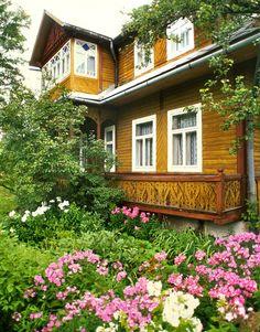 Farmhouse, Tatra Mountains - Zakopane, Poland: Traditional rural timber house, Tatra Mountains.