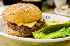 McDUKAN MENU        Big McDukan:  2 cucchiai di crusca d'avena - 120 gr di albume - 2 cucchiaini di lievito masto fornaio- un pizzico d...