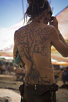 I just love big beautiful tree tattoos!