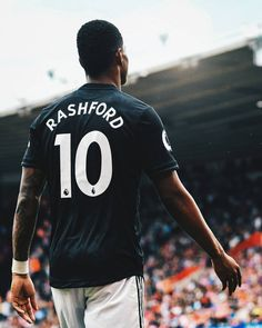 Manchester United Wallpaper, Manchester United Players, Good Soccer Players, Best Football Players, Barcelona Soccer, Fc Barcelona, Soccer Photography, Marcus Rashford, Soccer Girl Problems