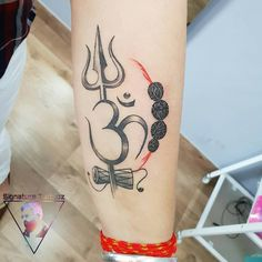 trishul and om tattoo Done by Nitin gautam at Signature tattooz Hindu Tattoos, Body Art Tattoos, Small Tattoos, Tattoos For Guys, Om Tattoos, Om Trishul Tattoo, Trishul Tattoo Designs, Hanuman Tattoo, Ganesha Tattoo